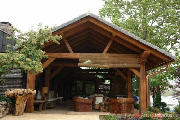 Tarima exterior madrid pergolas madera madrid porches for Tejados para pergolas