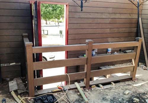 Tarima exterior madrid pergolas madera madrid porches - Vallas para escaleras ...