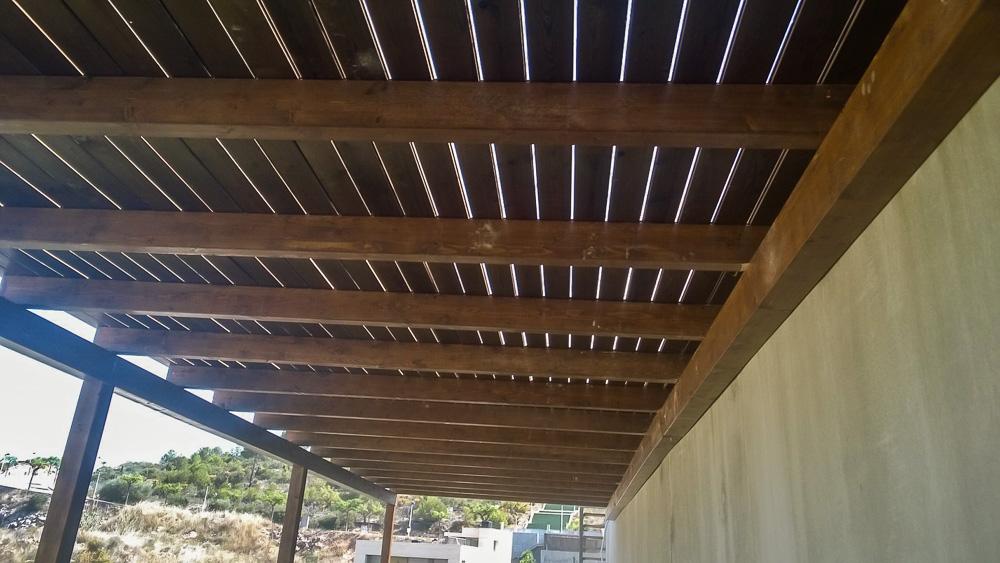 Deck de madera en Altura (110)