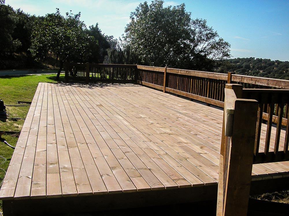 Deck de madera en Altura (3)
