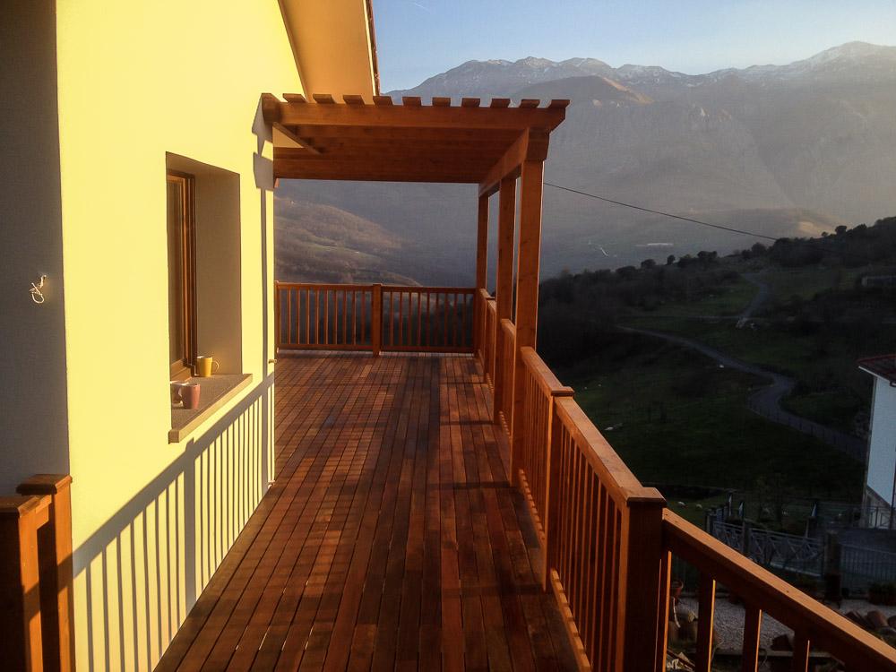 Deck de madera en Altura (96)