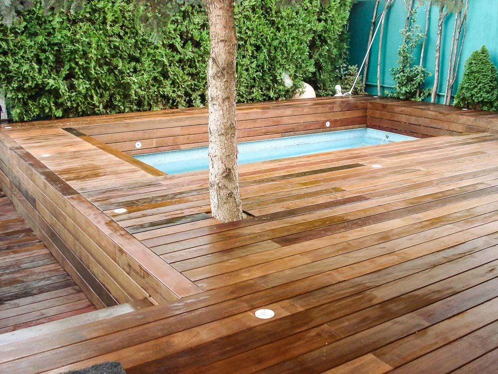 Tarima de madera en piscinas tarima de exterior tarima for Juntas piscina