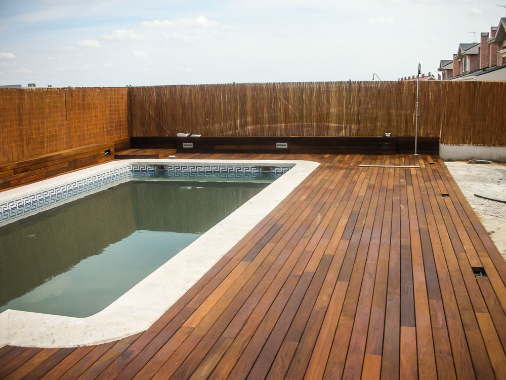 Tarima de madera en piscinas tarima de exterior tarima - Tarima para piscinas ...