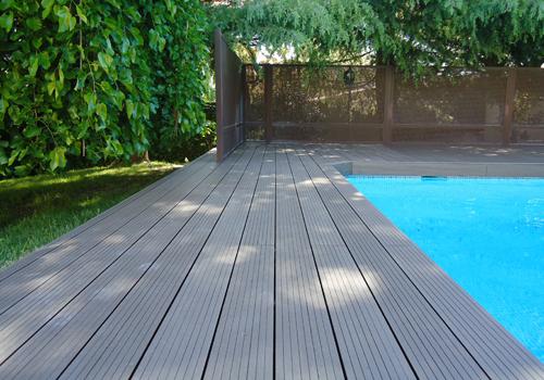 tarima-exterior-piscina-composite
