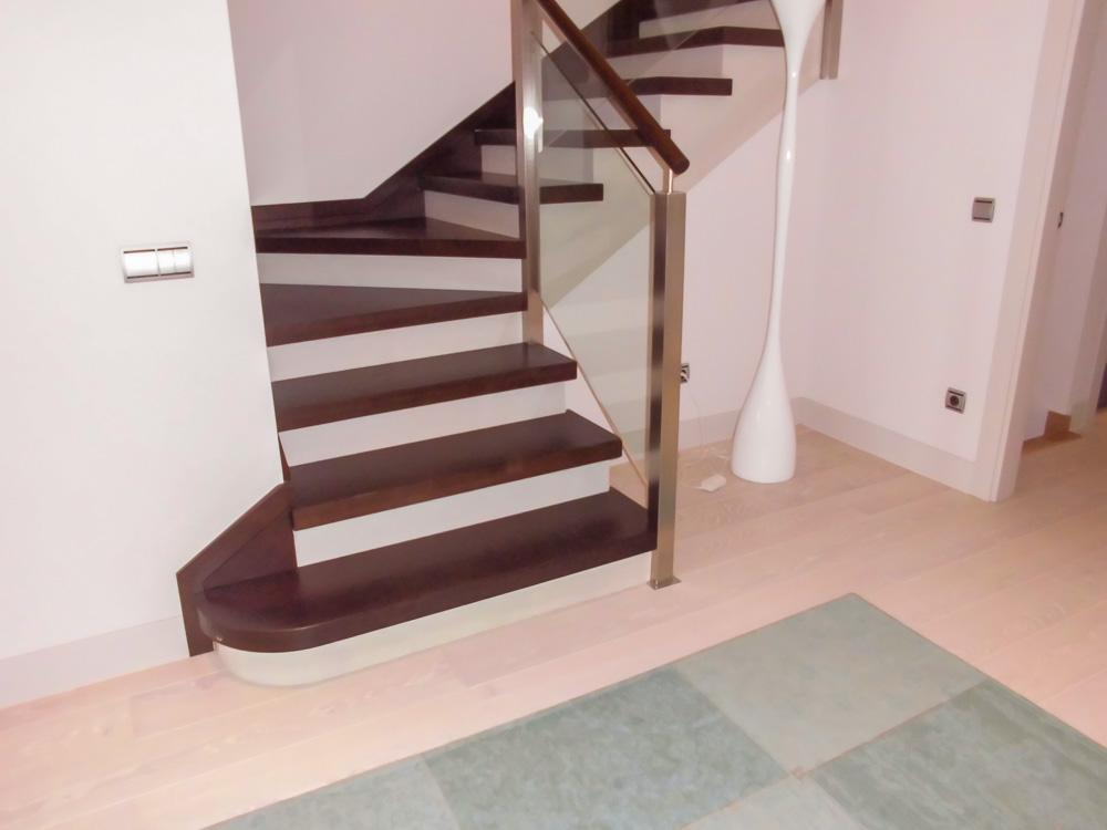 Escaleras de maderas tarima de exterior tarima de interior tarima flotante tarima ipe - Tarima madera interior ...