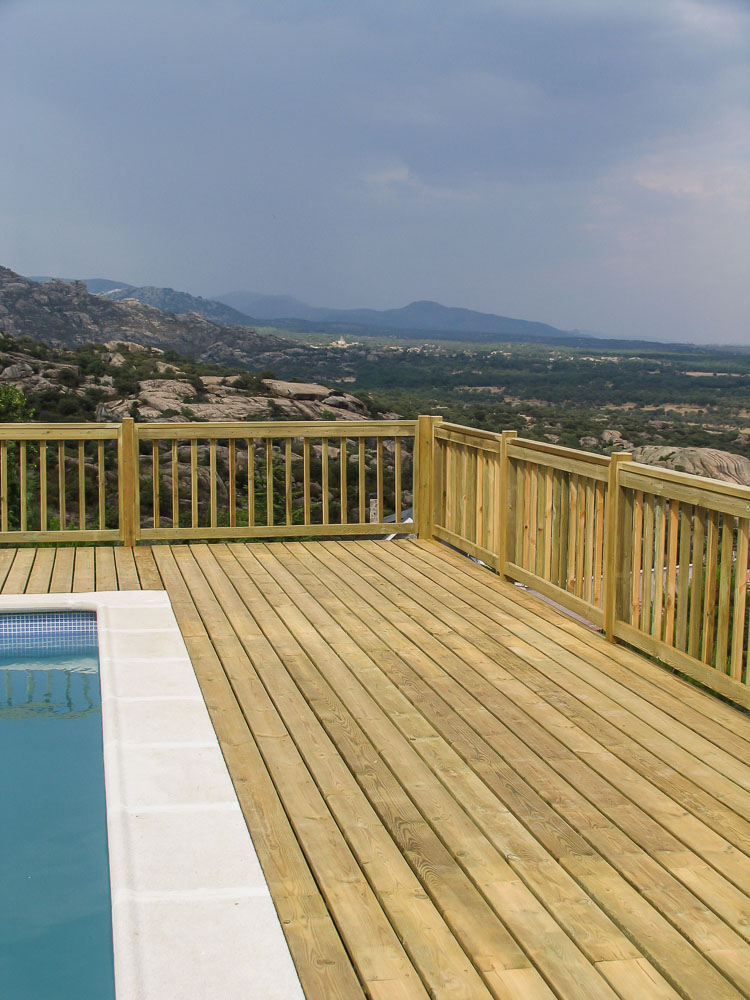 Deck de madera en Altura (1)