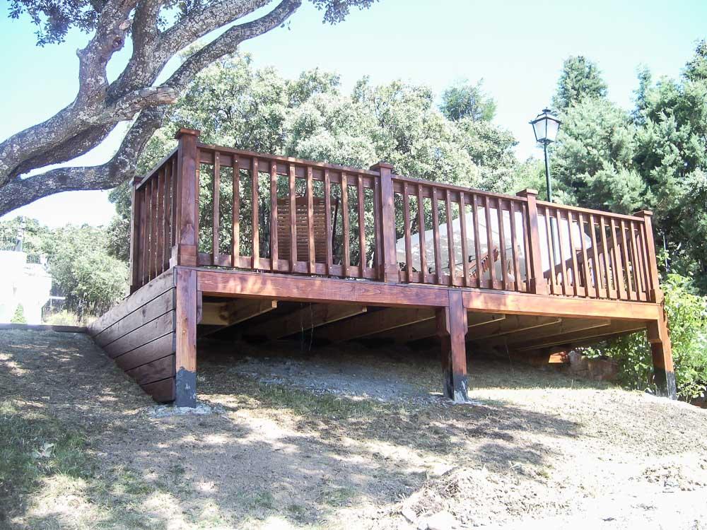 Deck de madera en Altura (120)