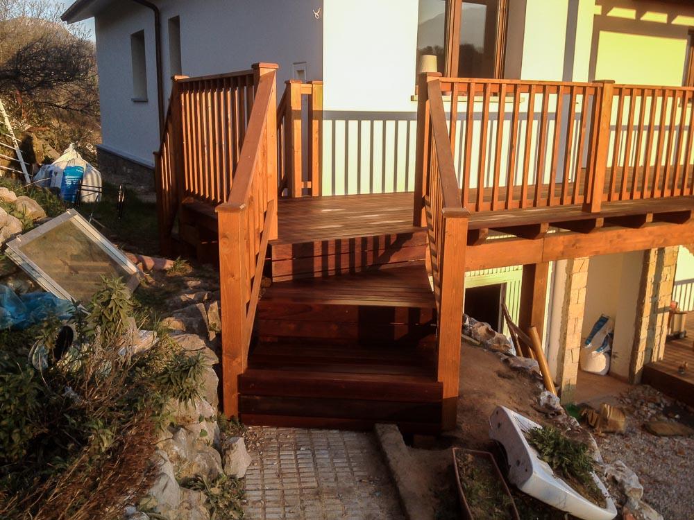 Deck de madera en Altura (95)